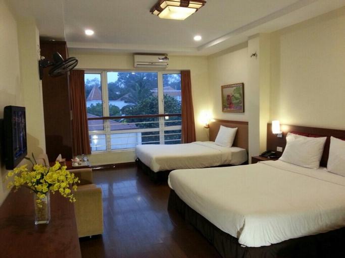 Lotus Hotel, Ba Đình