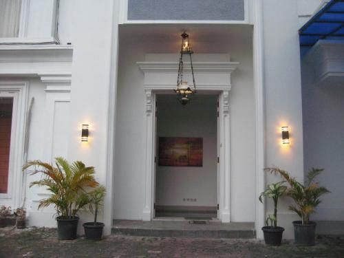Rays Residence, Jakarta Barat