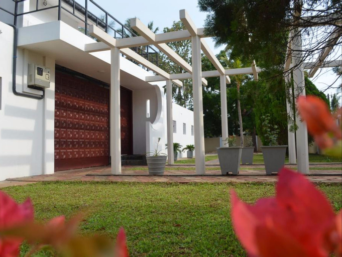 Dayanithi Guest House (Pet-friendly), Valikamam South