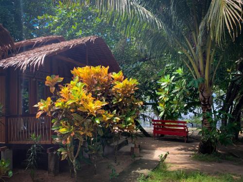 Daniel's Homestay, Minahasa Utara