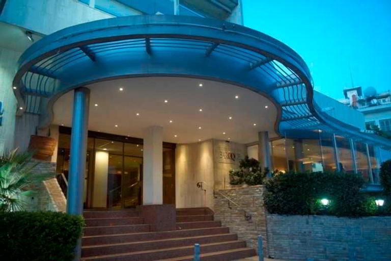 Cleopatra Hotel,