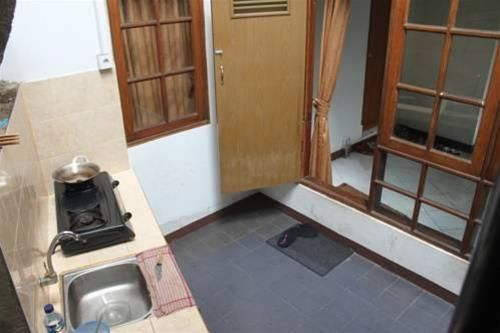 Elvia Guest House, Central Jakarta