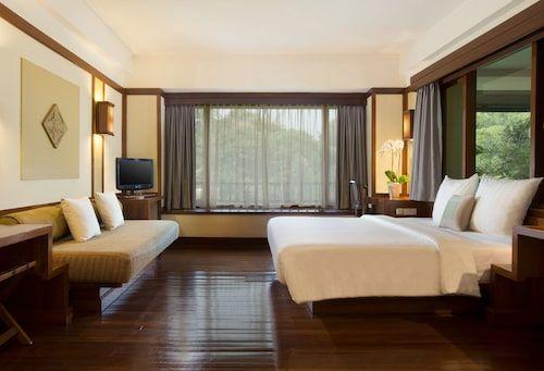 Novotel Bogor Golf Resort & Convention Center, Bogor