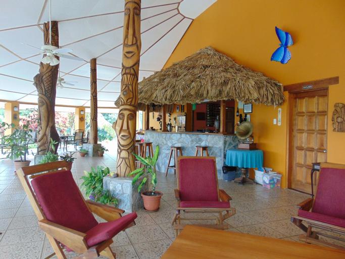 Gumbo Limbo Jungle Resort,
