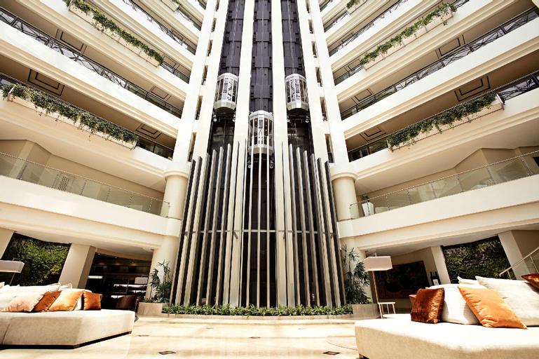 Grand Tikal Futura Hotel, ZONA 11