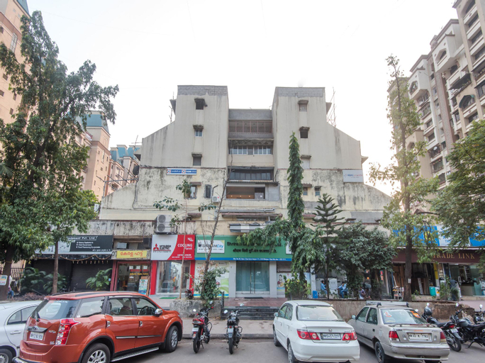 OYO 10649 Hotel Mourya Residency, Thane