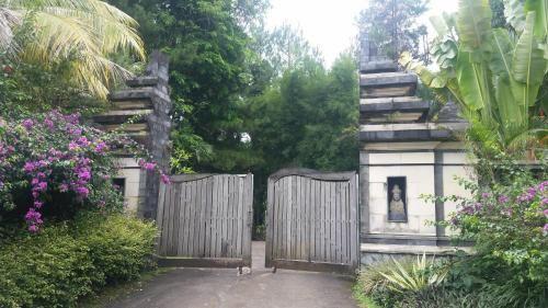 Villa Amadaha, Bogor