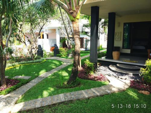 Villa Sanghyang, Buleleng