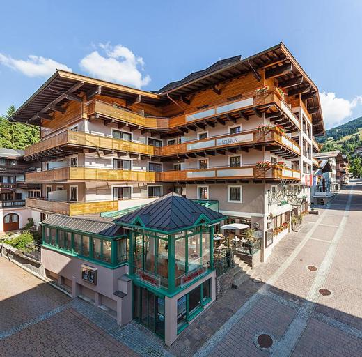 Hotel Neuhaus Sport & Spa, Zell am See