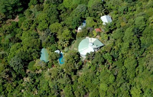 Air Manis Hill Residence, Padang