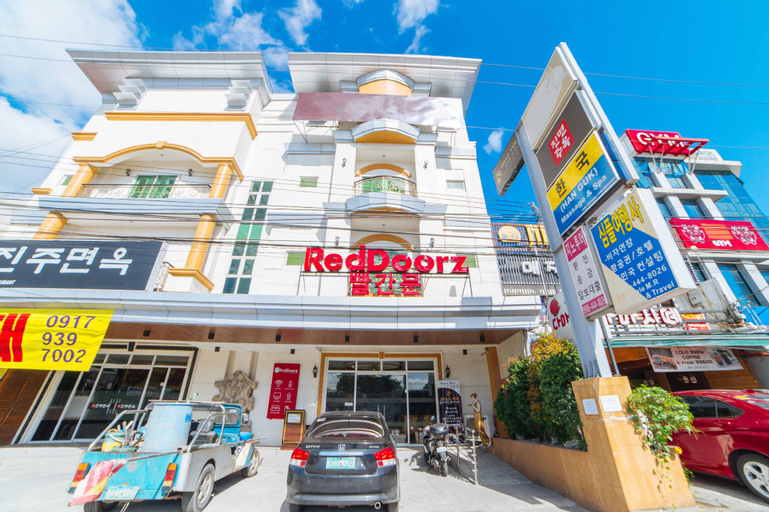 RedDoorz Premium @ Korea Town Angeles City, Angeles City