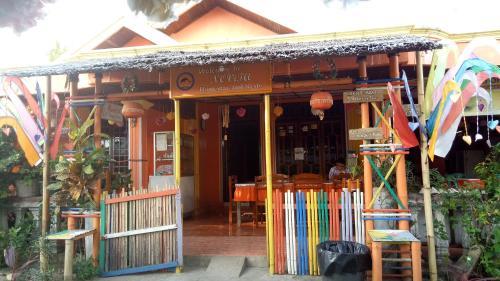 Novita Homestay, Minahasa Utara