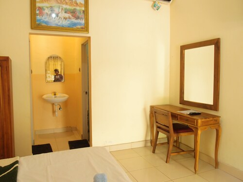 Mira Arsita Hotel Kuta Lombok, Lombok