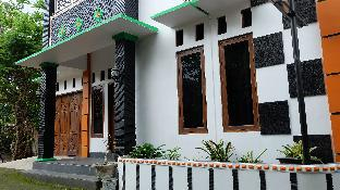 Simply Homy Guest House  Jakal 3, Sleman