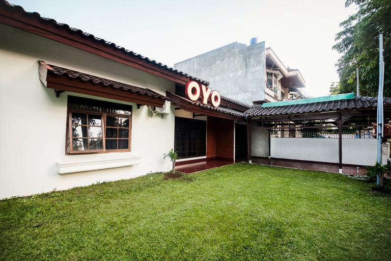 OYO 552 Raz House, Medan