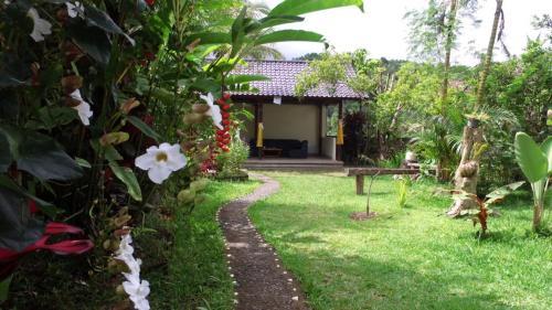 Kubu Shanti Sanda, Buleleng