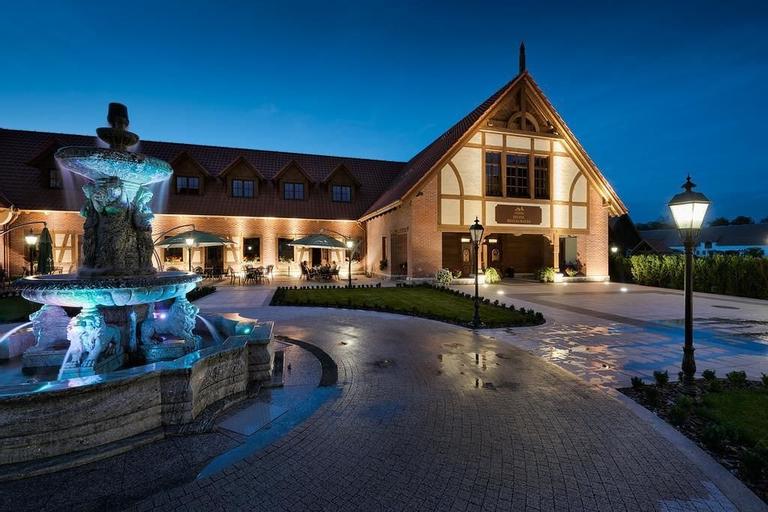 Hotel Poledno, Świecie