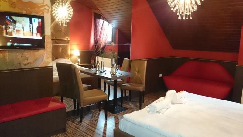 Hotel Corvin, Gyulai