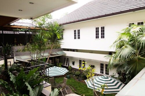 RedDoorz @ Istana Plaza, Bandung