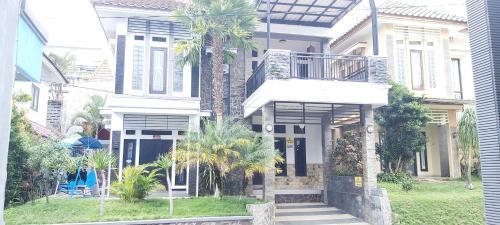 Vila Edelweeis 6, Malang