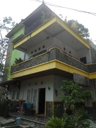 aista 2, Malang