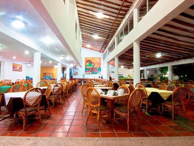 Palm Beach Caribbean Hotel, Antolín del Campo