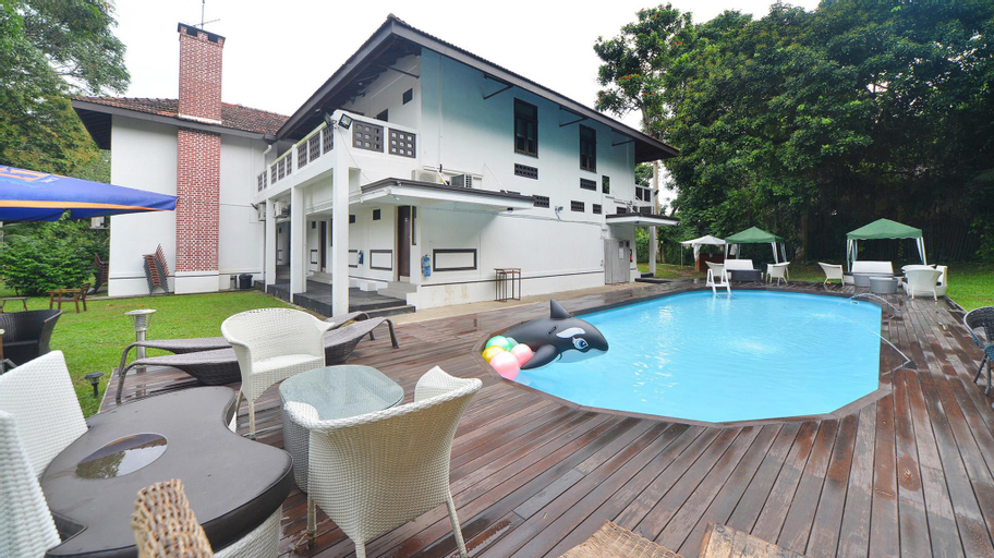 ZEN Rooms Sixth Avenue, Bukit Timah