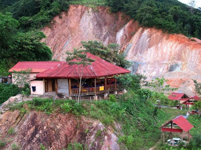 Chomdoy Bungalow & Restaurant, Namtha