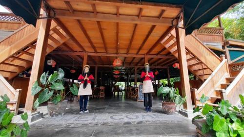 NEW PALANTA ROEMAH KAJOE, Padang