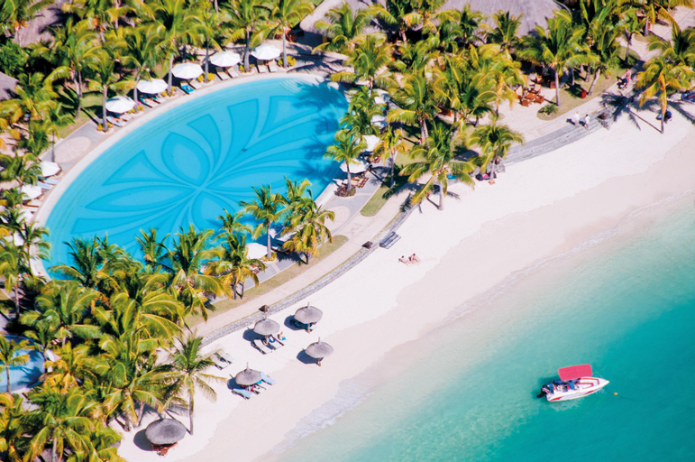 Paradis Beachcomber Golf Resort & Spa,