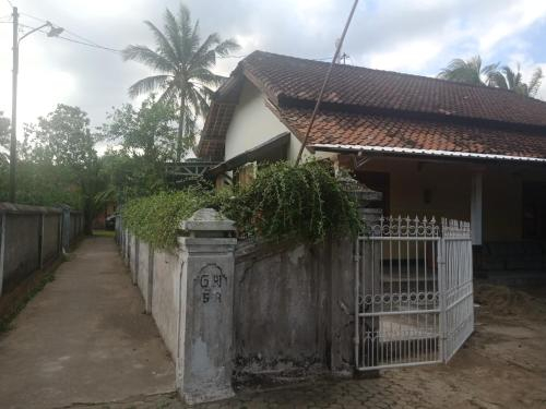 Bale Saleha, Lombok