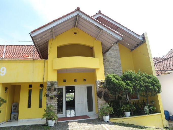 Rossan View Guest House, Bandung