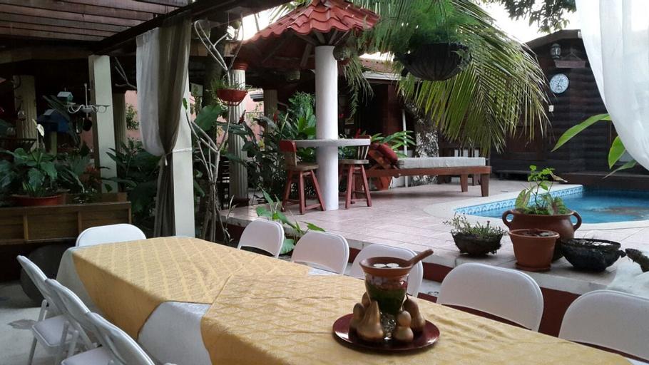 Hotel Boutique Posada Las Iguanas, Tela