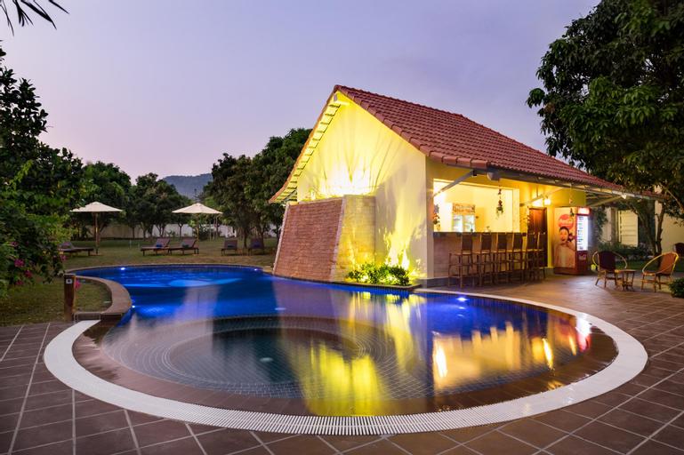 Bougainvillea Resort  , Kaeb