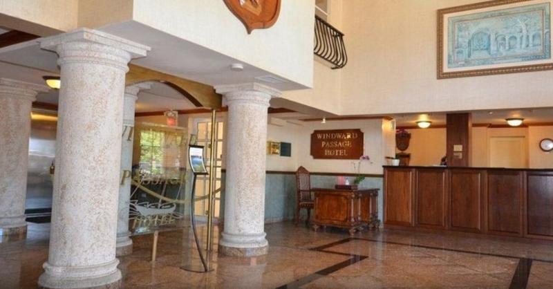 Windward Passage Hotel, Charlotte Amalie