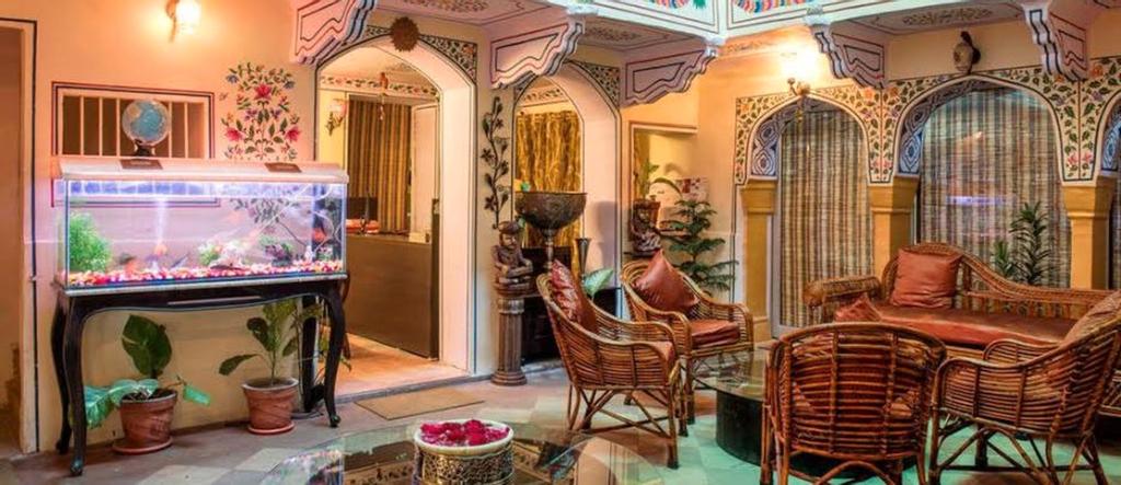 Hotel Khandaka Mahal Jaipur, Jaipur