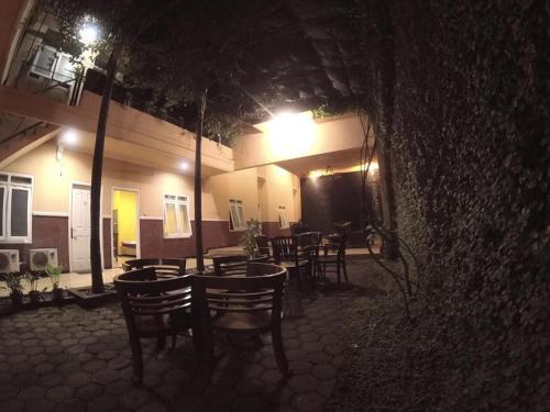 HOTEL CANTIK, Lumajang