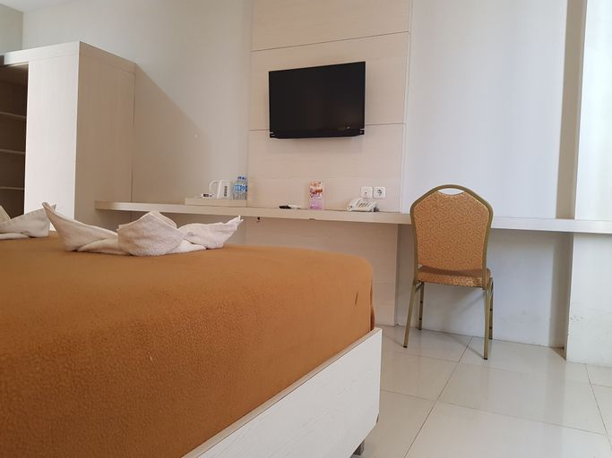 Miracle Hotel, Manado