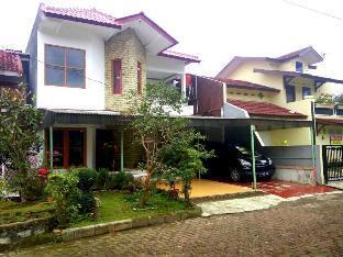 Green Apple Cipanas (harga untuk 1 rumah full), Cianjur