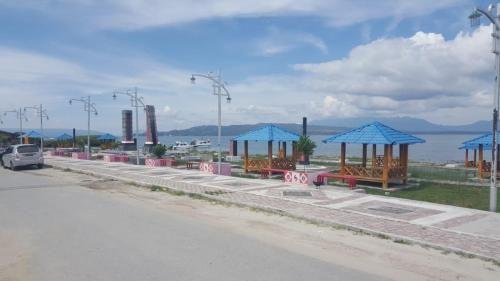 Lago Hotel and Resto, Toba