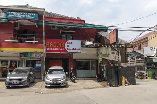 RedDoorz @ Duren Sawit, Jakarta Timur