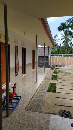 Omah Nusantara, Lumajang