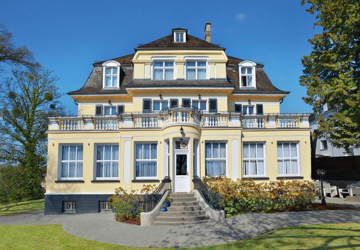 VILLA ORANIEN HOTEL RESTAURANT, Rhein-Lahn-Kreis
