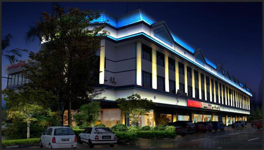 Grand City Hotel, Gadong