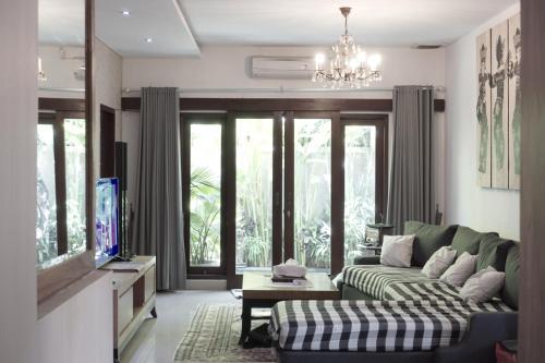 Saka Umah 2 Bedroom with private pool, Denpasar