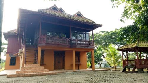 T-Rooms Homestay Glamping @ Bandara, Palembang