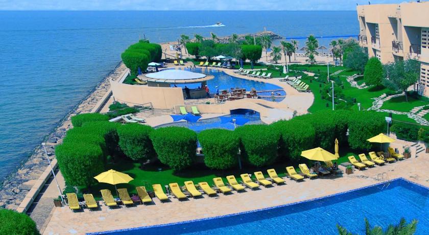 Marina Hotel,