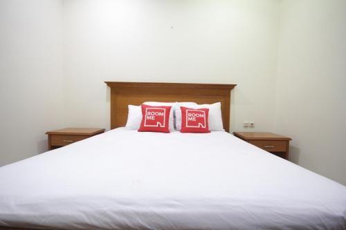 RoomMe Kuningan Ambassador Residence, South Jakarta