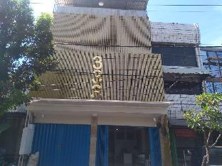 Bloomington , Surabaya