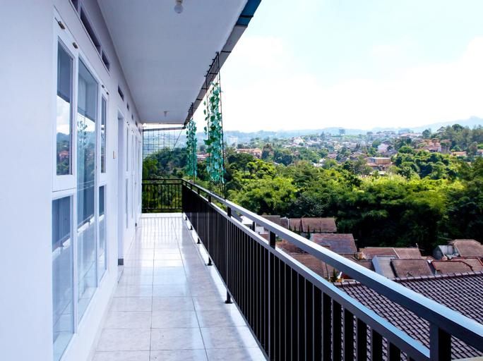 OYO 569 Cigadung Guest House Syariah, Bandung